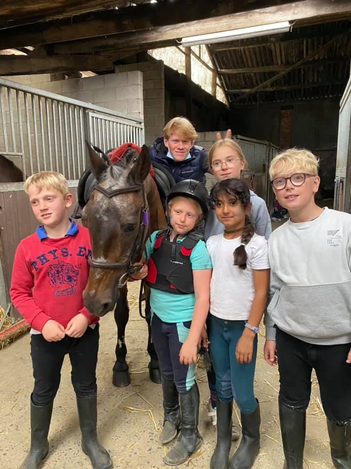 Het eerste Pony/Paardenkamp van het Gouden Bit was weer een succes !